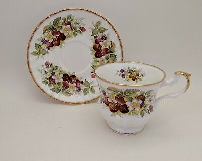 Rosina Queen's Fine Bone China Footed Tea Cup & Saucer Gold Trim Berries Vintage