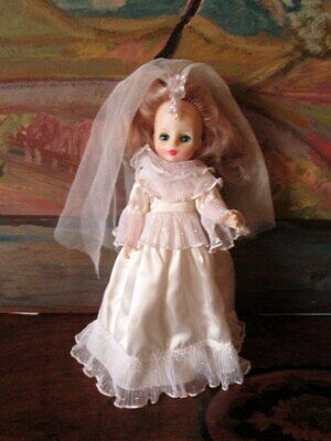 🎀 Vintage doll -Toy Bride marked Ideal Toy 1982 - 598   🎀