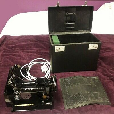 Vintage Singer 222K Featherweight Free Arm Sewing Machine & Accessories - 1955