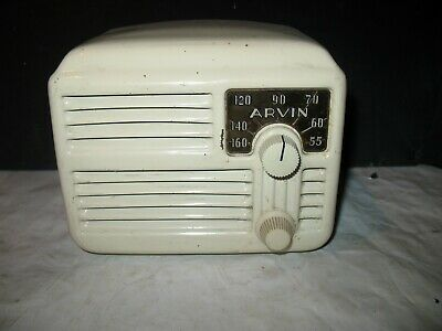 Vintage Arvin 444A Midget metal mini tube radio in nice original condition