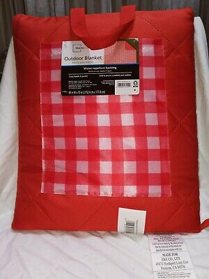 Camco 42801 Picnic Blanket Red and White Checkered