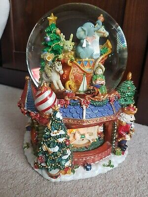 Kirkland Large Christmas Musical Snowglobe*Have Yourself A Very Merry Christmas