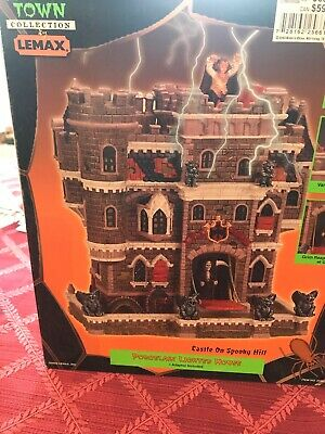 2002 Lemax Spooky Town Halloween Castle on Spooky Hill Retired Working Order