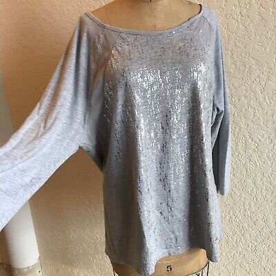EUC ZENERGY by Chico's Gray / Silver Foil Sparkle Top - Size 2 or Large