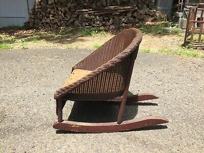 Excellent Vintage Childs White Wicker Rocking Chair Great Shape Spiritservingveterans Wood Chair Design Ideas Spiritservingveteransorg