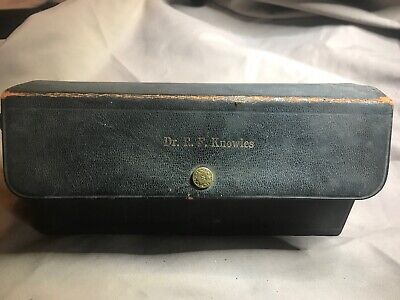 Antique Doctors Medicine kit, Dr R. F. Knowies, Pharmacy, Apothecary, 19 Vials