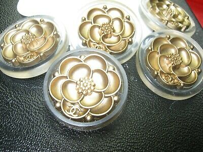 ❤❤CHANEL 9 BUTTONS matte gold camellia flower LOGO CC 24 mm- 1 inch Metal 9 pc