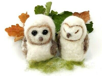 Needle Felting Kit by The Makerss - Baby Barn Owls