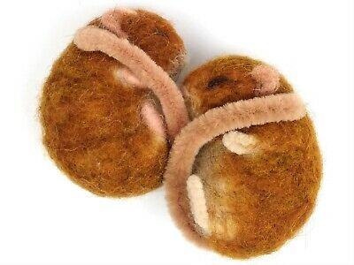 Needle Felting Kit by The Makerss - Dormouse - makes 2 sleepy dormice