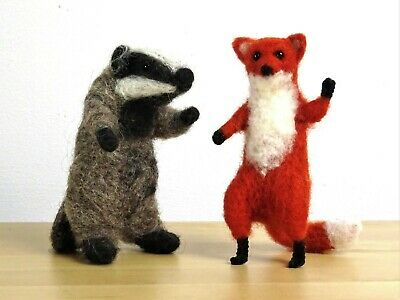 Needle Felting Kit by The Makerss - Fox and Badger