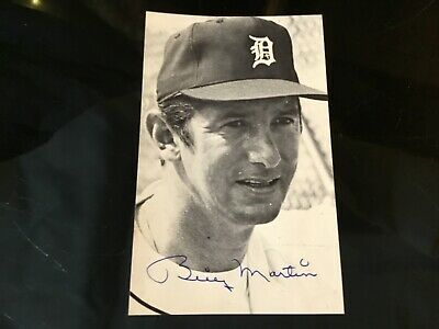 BILLY MARTIN Pro Baseball Player Hand Signed In Ink Autographed Photo Card