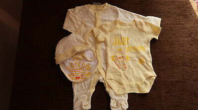 Boys' Girls' Unisex 4 Piece Gift Set Outfit 0-3 Months NEW with tag Matalan