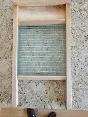 "Antique National Washboard Co. No. 860 ""The Glass King"" with national embossed"