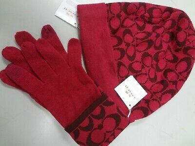 NWT Coach Raspberry Signature C Knit Logo Touch/Tech Gloves+Hat SET 85216 $108