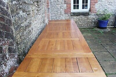 Lovely 9.5ft / 290cm Rustic Solid Oak French Farmhouse Plank Top Refectory Table