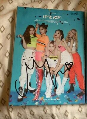 (Opened/No Photocards) Itzy Itz Icy Signed Chaeryeong Album & Cover Page Mwave
