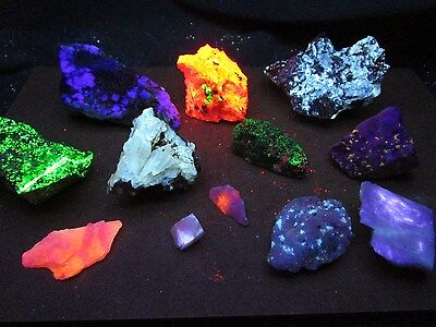 Clearance 2 Lb Fluorescent mineral rock crystal mineral fluorescent rock box