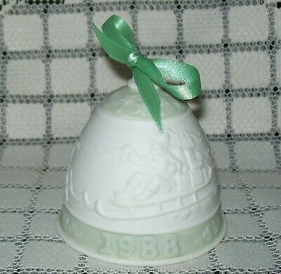 VINTAGE 1988 'LLADRO' CERAMIC CHRISTMAS BELL green/cream w/ribbon