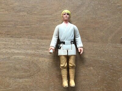 Original 1977 Kenner Star Wars Luke Skywalker Action Figure
