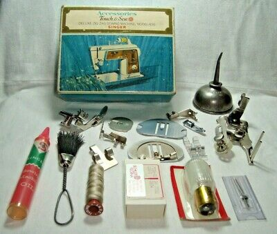 Vintage SINGER Sewing Machine Attachments, Needles & Tools in original box