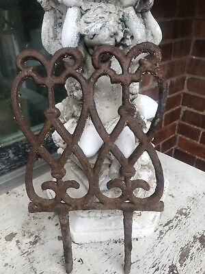 "Vintage Cast Iron Garden Lawn Edgers, Rusty Patina, 13 1/2 "" Scalloped Design"