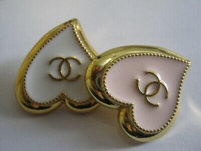 CHANEL  2 AUTHENTIC WHITE, LIGHT PINK GOLD Heart shape BUTTONS 2 STAMPED