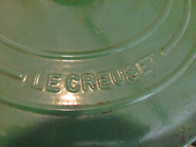 Le Creuset #28 Enameled Cast Iron Dutch Oven Green 7.25 Qt.