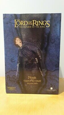 The Lord of the Rings - Pippin Guard of the Citadel Polystone Statue