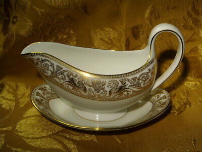 Wedgwood *Florentine Gold* W4219 Gravy Boat With Underplate Made In England