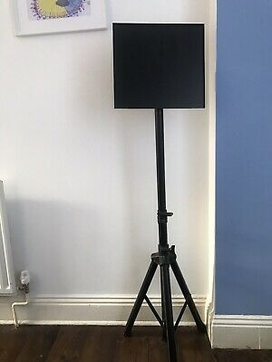 Stagg Heavy Duty Foldable Music Stand Holder Base