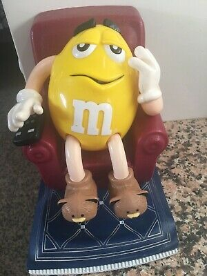 Reduced to sellM&M's CANDY DISPENSER Yellow in TV Recliner chair Remote Slippers