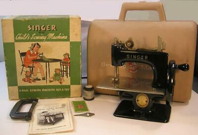 1950's SINGER 20 SEWHANDY TOY SEWING MACHINE WITH BOX, CARRY CASE, & PARTS-WORKS