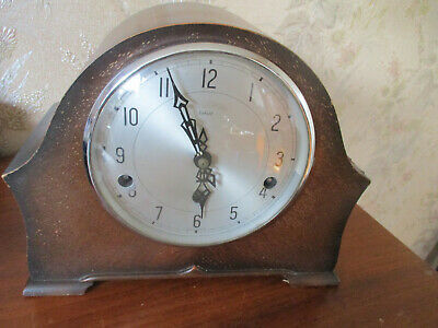 Nice 1930's smiths enfield oak cased WESTMINSTER CHIMING Mantle Clock.