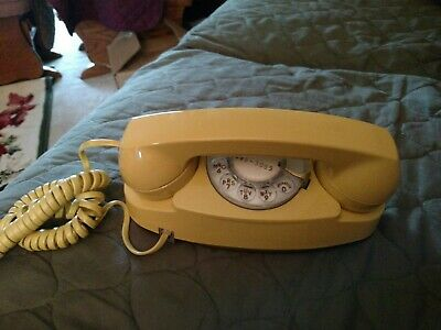 Yellow Western Elect. South Central Bell System Princess Rotary Telephone-Works