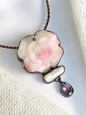 RARE Vintage Ancient Echos Carved Tugtupite Flower Biwa Pearl & Amethyst Pendant