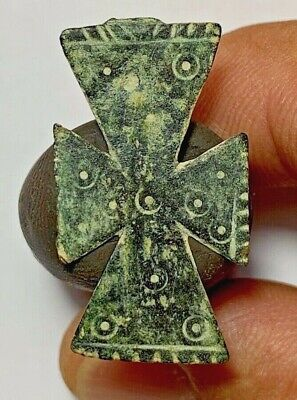 MUSEUM QUALITY MEDIEVAL CRUSADER BRONZE CROSS PENDANT  3.1gr 37.1mm