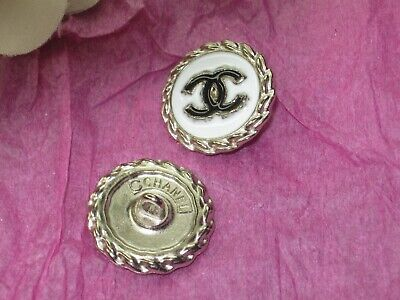 CHANEL  1 CC  LOGO  SILVER WHITE  BLACK  20mm BUTTONS THIS IS FOR 1