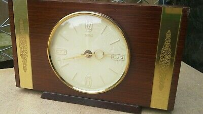 Vintage Smiths Mantle Clock Wood,Made In great Britain Battery Quartz