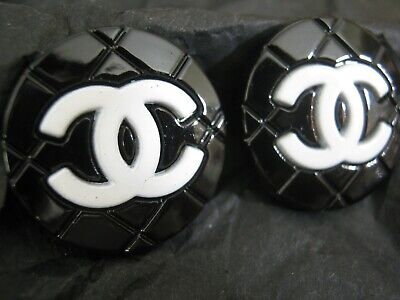 CHANEL  2 CC   BLACK WHITE  20mm BUTTON THIS IS FOR TWO