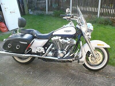 HARLEY DAVIDSON FLHRC  ROADKING CLASSIC .Stunning Pearl White/Blue   NO RESERVE