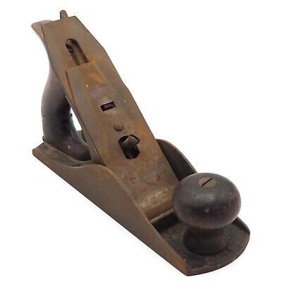 Vintage Stanley Bailey No. 4 Carpentry Woodworking Corrugated Bottom Wood Plane