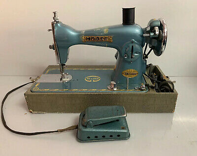 Vintage Morse 200 Deluxe Sewing Machine  Works Great!!