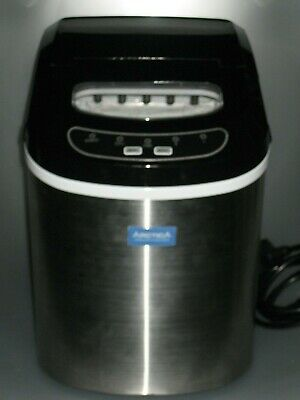 """Ice maker by """"Artica"""". Compact, easy to use machine"""