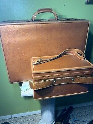 Vtg Hartmann Leather Suitcase Luggage Golden Brown Large Key Toiletry Set