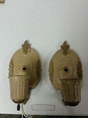 Vtg/Antique CAST IRON  WALL SCONCE Architectural LIGHT FIXTURES Lamp