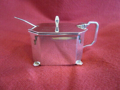 A Stylish Hallmarked Silver Art Deco Mustard Pot In Classic 1930S Shape.