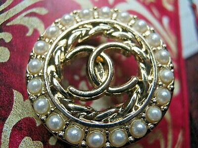 CHANEL  1 CC  LOGO MATTE GOLD pearls 23mm BUTTON THIS IS FOR ONE