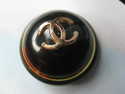 CHANEL  1 GOLD CC  LOGO BLACK RESIN 27mm DOME BUTTON THIS IS FOR ONE