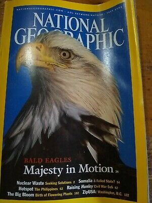 National Geographic Magazine (July 2002) Majesty in motion