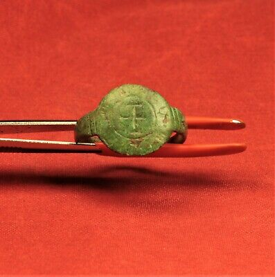 Medieval Seal Ring, 13. Century - Cross Seal